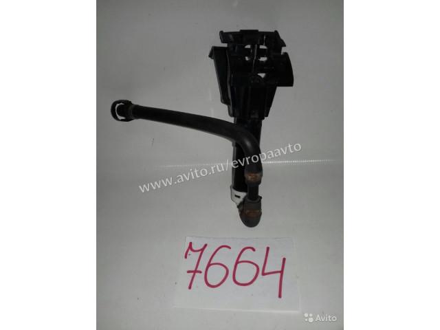 Infiniti G35 37 25 Форсунка омывателя фар левая