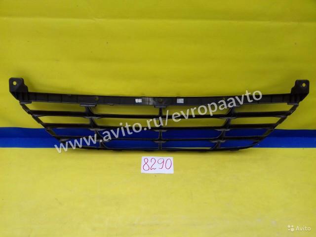 Hyundai ix35 Решетка радиатора нижняя