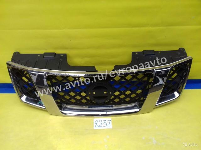 Nissan Navara Pathfinder Решетка радиатора