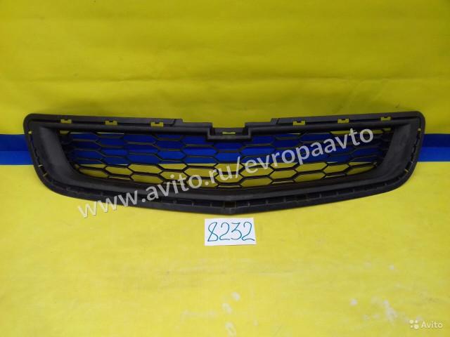 Chevrolet Cobalt Решетка радиатора