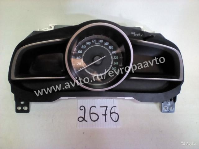 Mazda 3 седан Панель приборов механика
