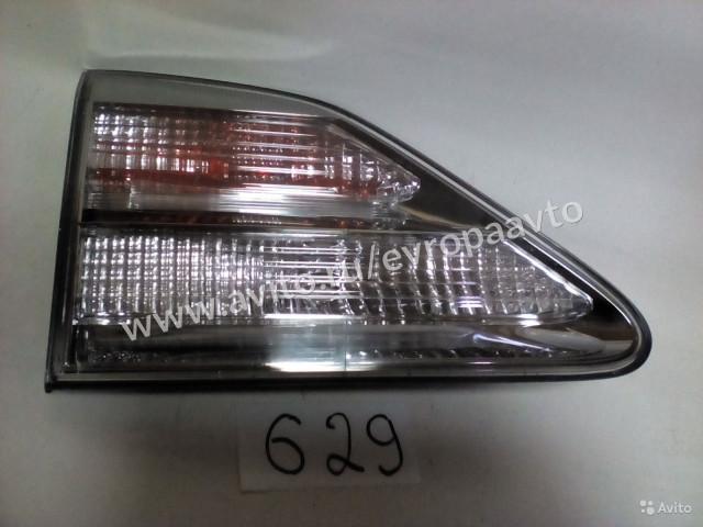 Lexus RX Фонарь в крышку багажника задний левый
