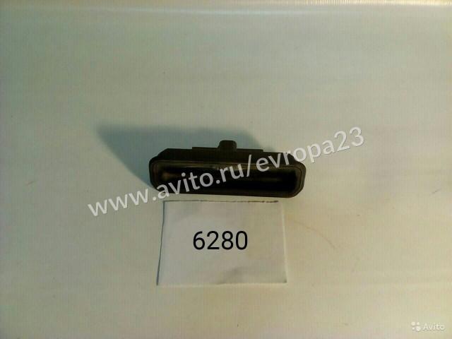 Ford Focus 3 Хетчбек Кнопка открывания багажника