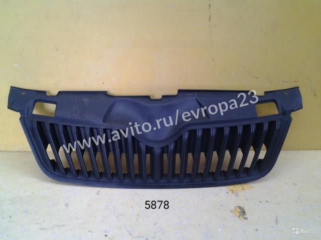 Skoda Fabia Решетка радиатора