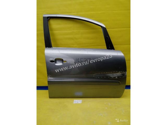 Opel Zafira B Дверь передняя правая
