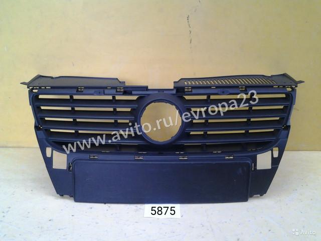 Volkswagen Passat B6 Решетка радиатора
