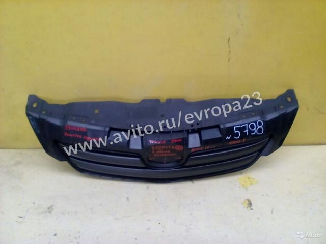 Toyota Corolla 150 Решётка радиатора