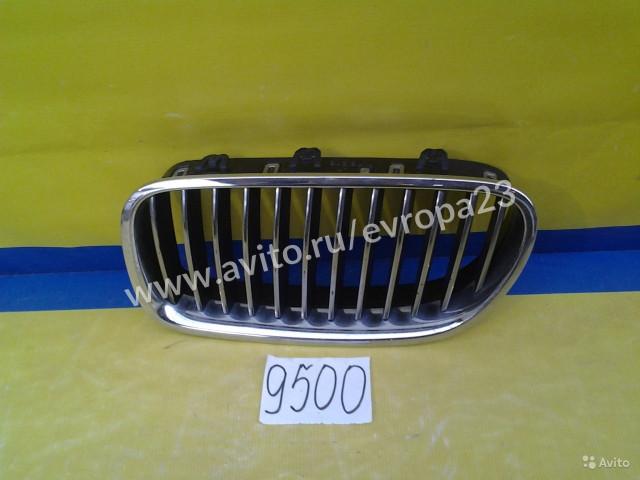 BMW 5 F10 F11 Решетка радиатора левая