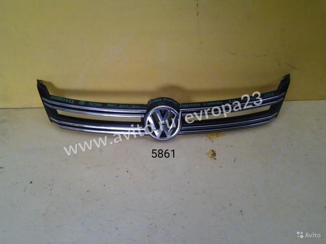 Volkswagen Tiguan Накладка решетки радиатора