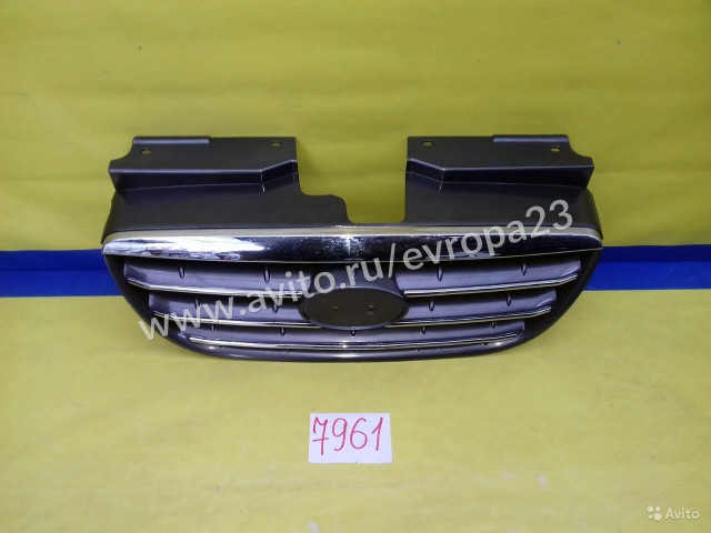 Hyundai Elantra Решетка радиатора
