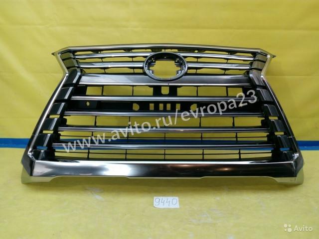 Lexus LX570 Решетка радиатора