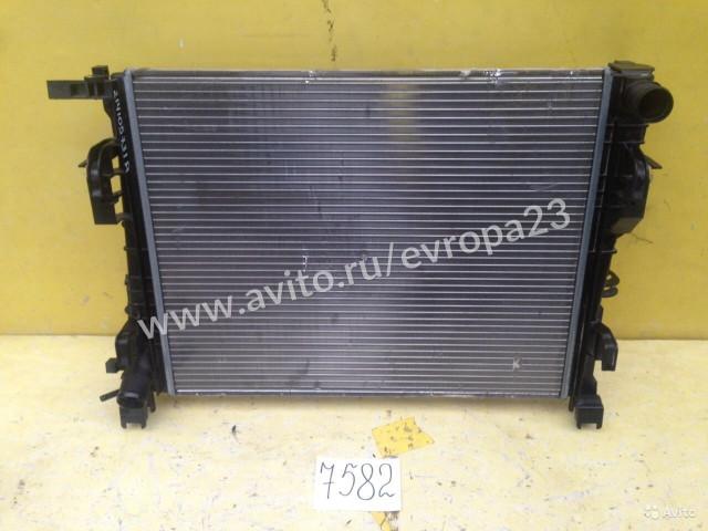 Renault Logan Duster Радиатор охлаждения