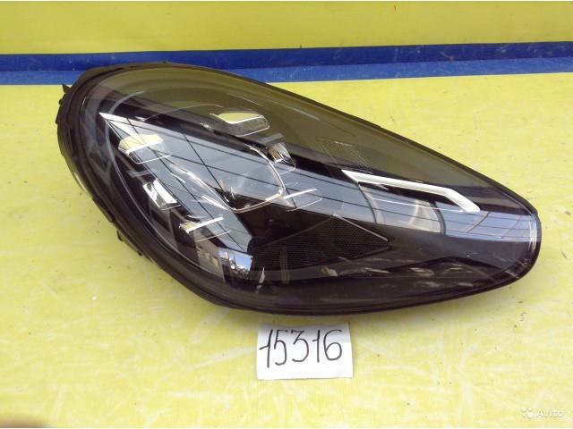 Porsche Cayenne Фара светодиодная LED правая