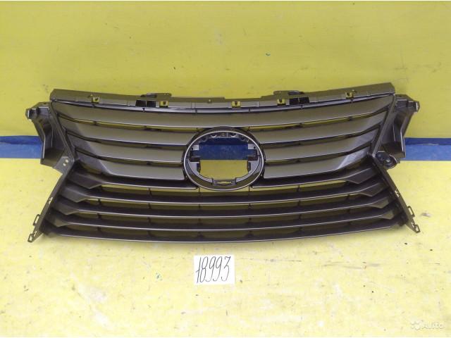 Lexus RX Решётка радиатора без хрома