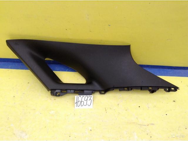 Lexus RX 350 Обшивка багажника верхняя правая