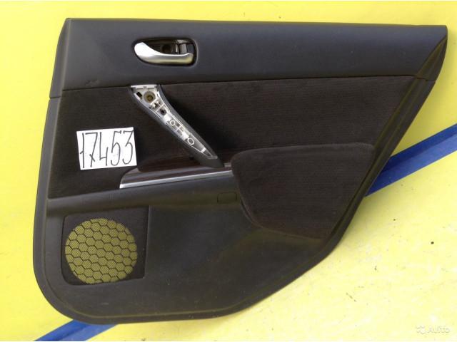 Nissan Teana J32 обшивка задней правой двери