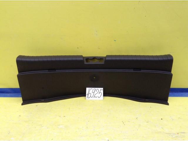 Kia Soul Обшивка задней панели багажника