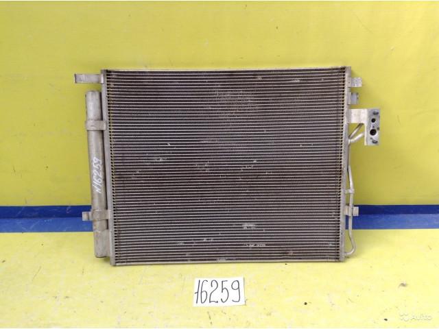 Kia Sorento 2 XM Радиатор кондиционера